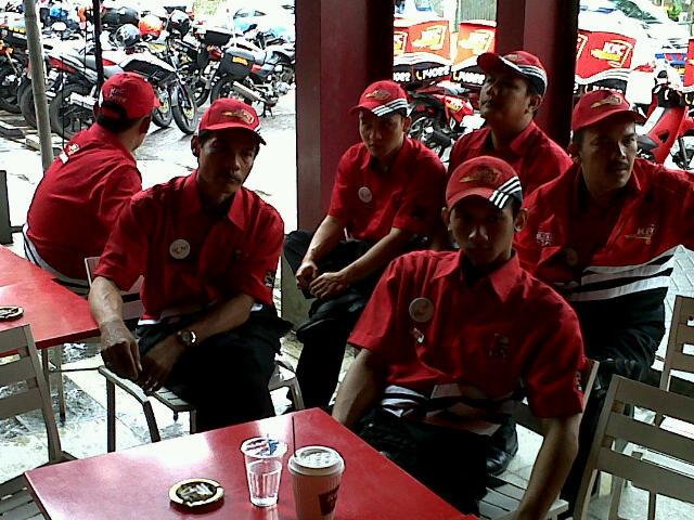 Penampilan Baru Layanan Pesan Antar Kfc Bikers Indonesia